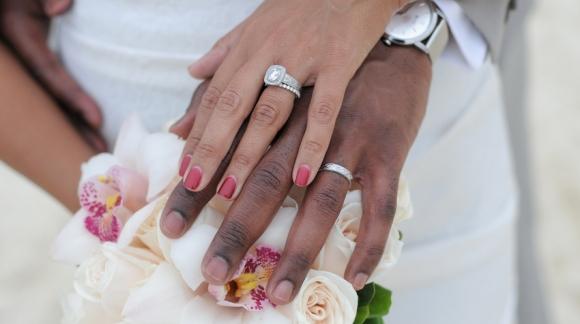 ESTHETIQUE DE MARIAGE : Comment avoir des mains de fée le jour J